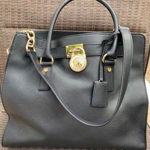Michael Kors Tote. *Genuine*